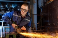 Metall-, Holz- und Papierindustrie